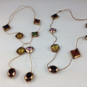 collier demi sautoir verre fume borde or differentes couleurs differentes formes boutique bijou toulouse