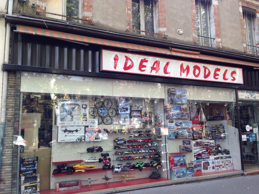 Ideal Models