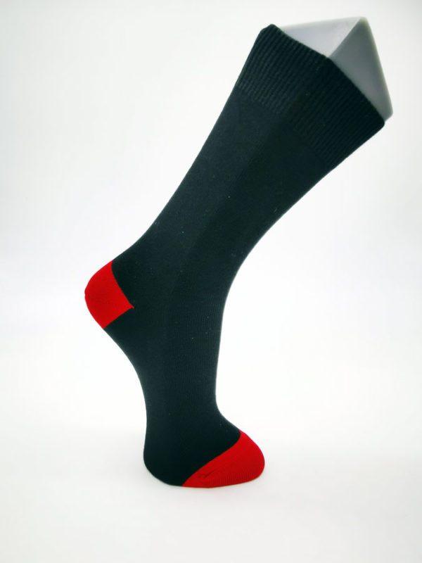 Chaussettes-Napoléon-noir-rouge-Berthe-aux-gands-pieds-Toulouse-2