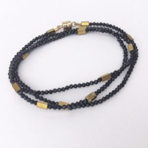 Bracelet triple ou collier fermoir aimant Spinelle Bijoux Atelier114 Toulouse