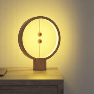 LAMPE MAGNÉTIQUE RONDE EN HÊTRE AVEC BATTERIE