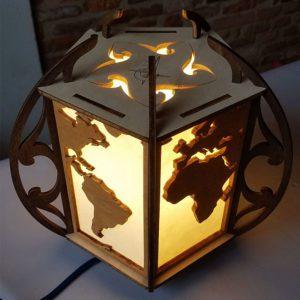Lampe-monde en bois et papier washi