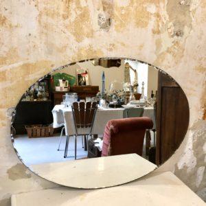 Miroir ancien oval biseauté