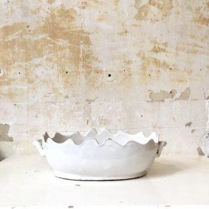 Jardinière ancienne en céramique blanche