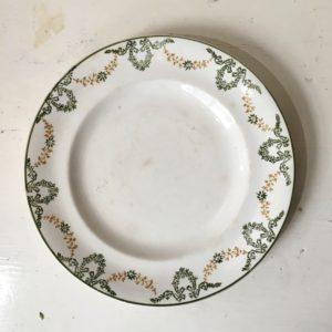Assiette plate Longwy 'Georges'